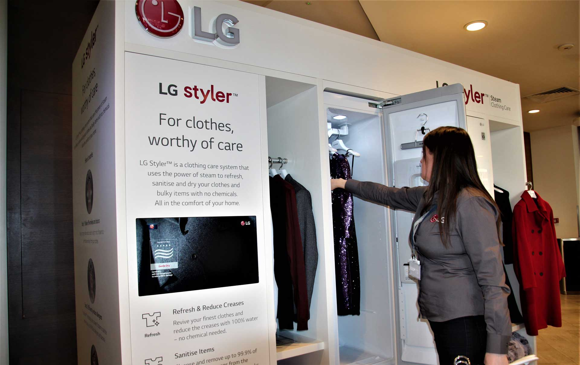 LG Experiential Event Retail Marketing Group